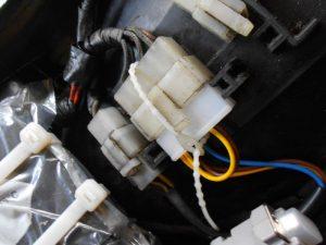 Bild 7: Stecker gesichert und fest